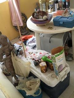 clutter5
